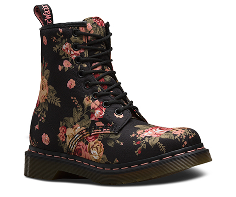 1460 W | Women\'s Boots & Shoes | Official Dr. Martens Store - UK