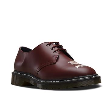 1461 3ホール ブーツ CHERRY RED