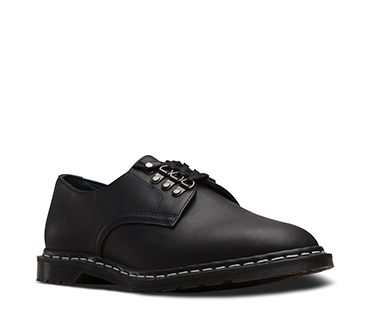 PLYMOUTH OFFICER SHOE BLACK