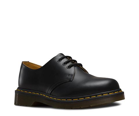 Dr Martens  Mono Shoe Black Smooth