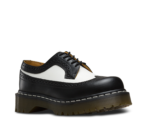3989 BROGUE SHOE BEX 34 F WT BLACK and WHITE 10458001