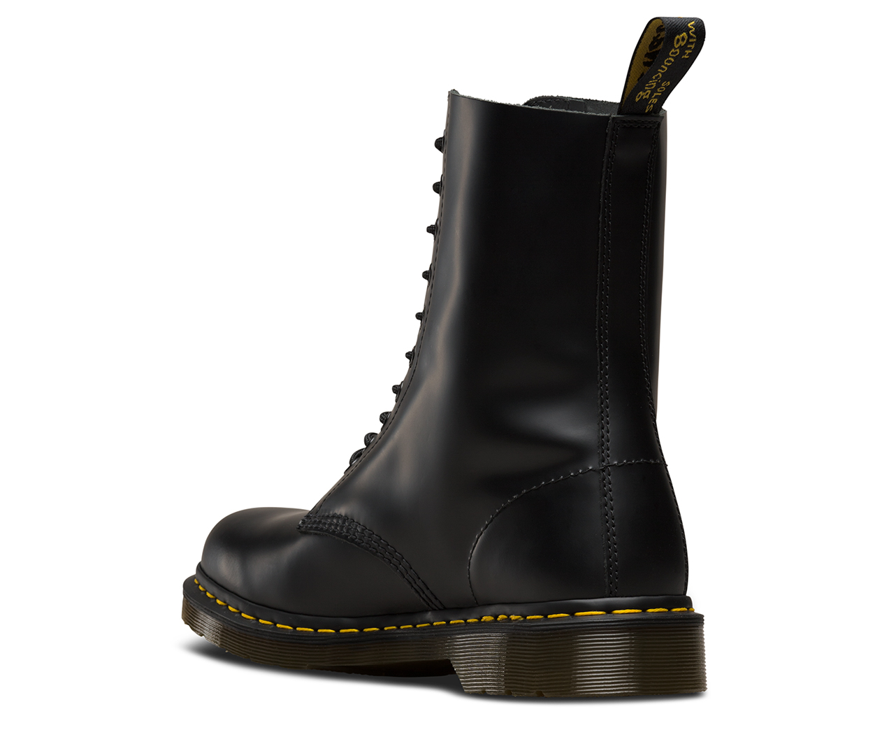 1490 SMOOTH   AW18   The Official FR Dr Martens Store a409ac0d653c