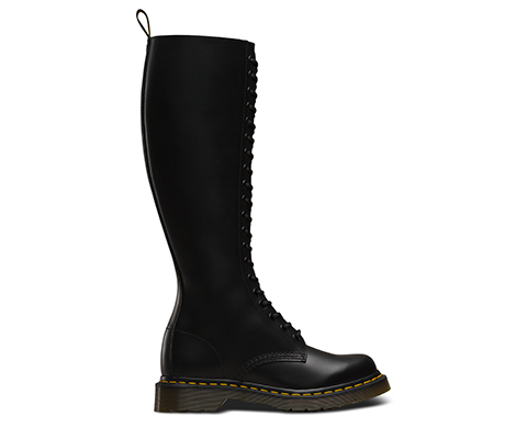 1b60 Classic Styles Official Dr Martens Store