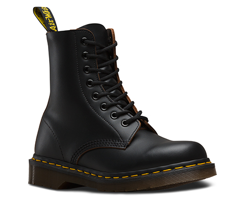 White 1460Black and BootsDrMartens VINTAGE Official Shoesamp; c4R5jq3LA