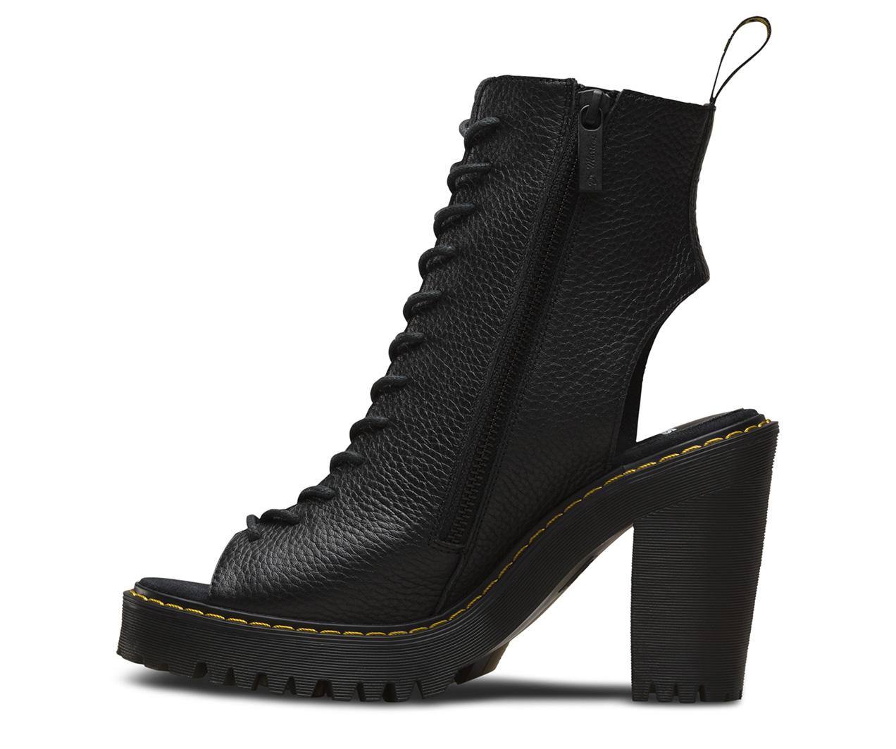 Dr. Martens CARMELITA women's Sandals in Visit 1mWHJ