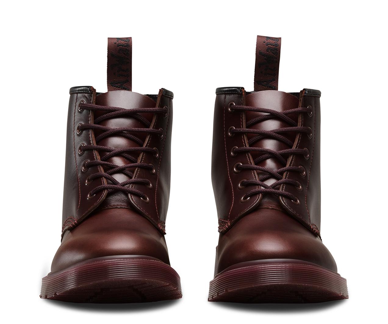 101 brando men 39 s boots official dr martens store. Black Bedroom Furniture Sets. Home Design Ideas