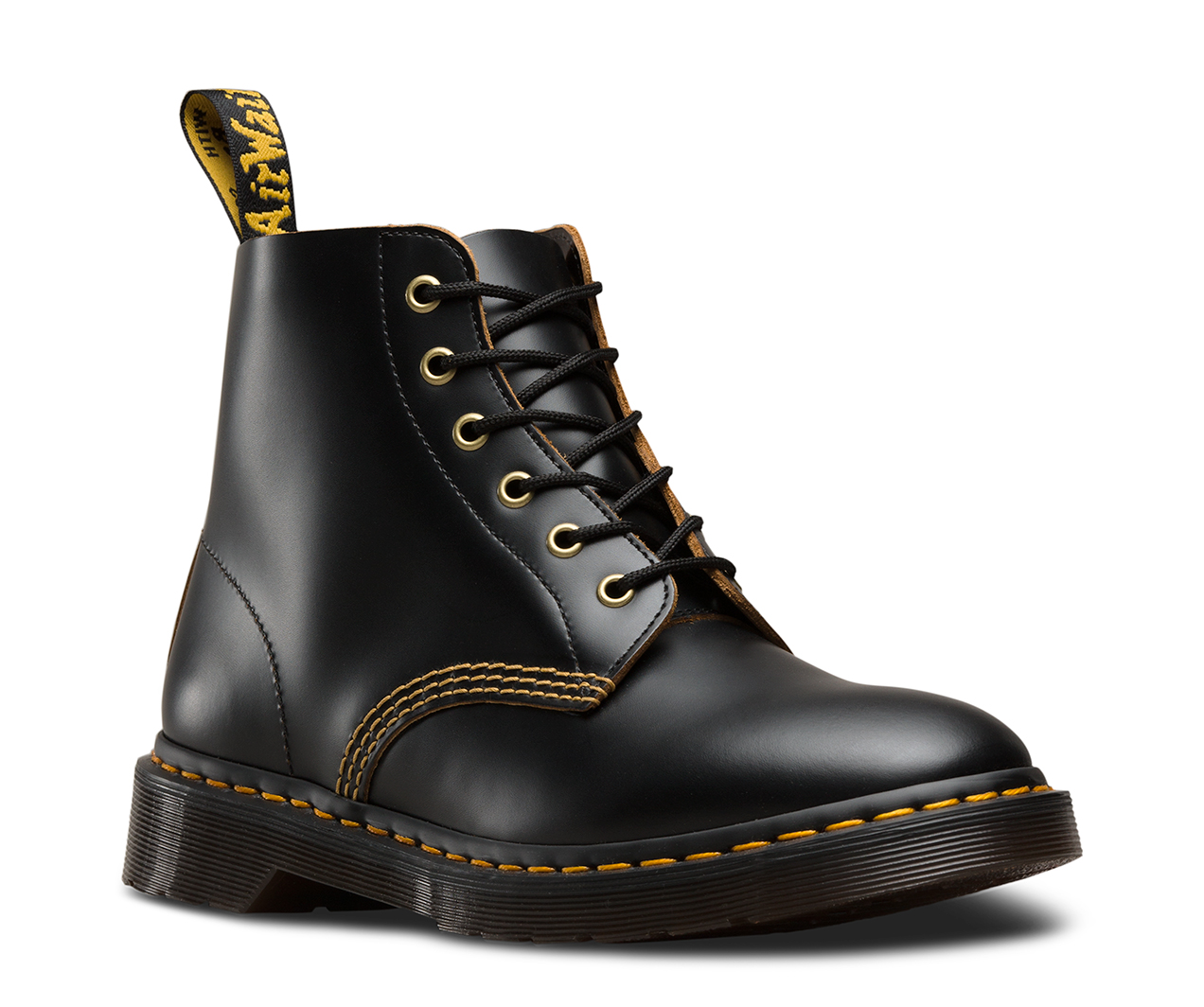 101 Vintage Smooth Women S The Official Us Dr Martens